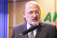 O presidente da Anatel, Ronaldo Sardenberg, em entrevista coletiva sobre a Consulta Pública com proposta de Regulamento para o Serviço de Comunicação Multimídia